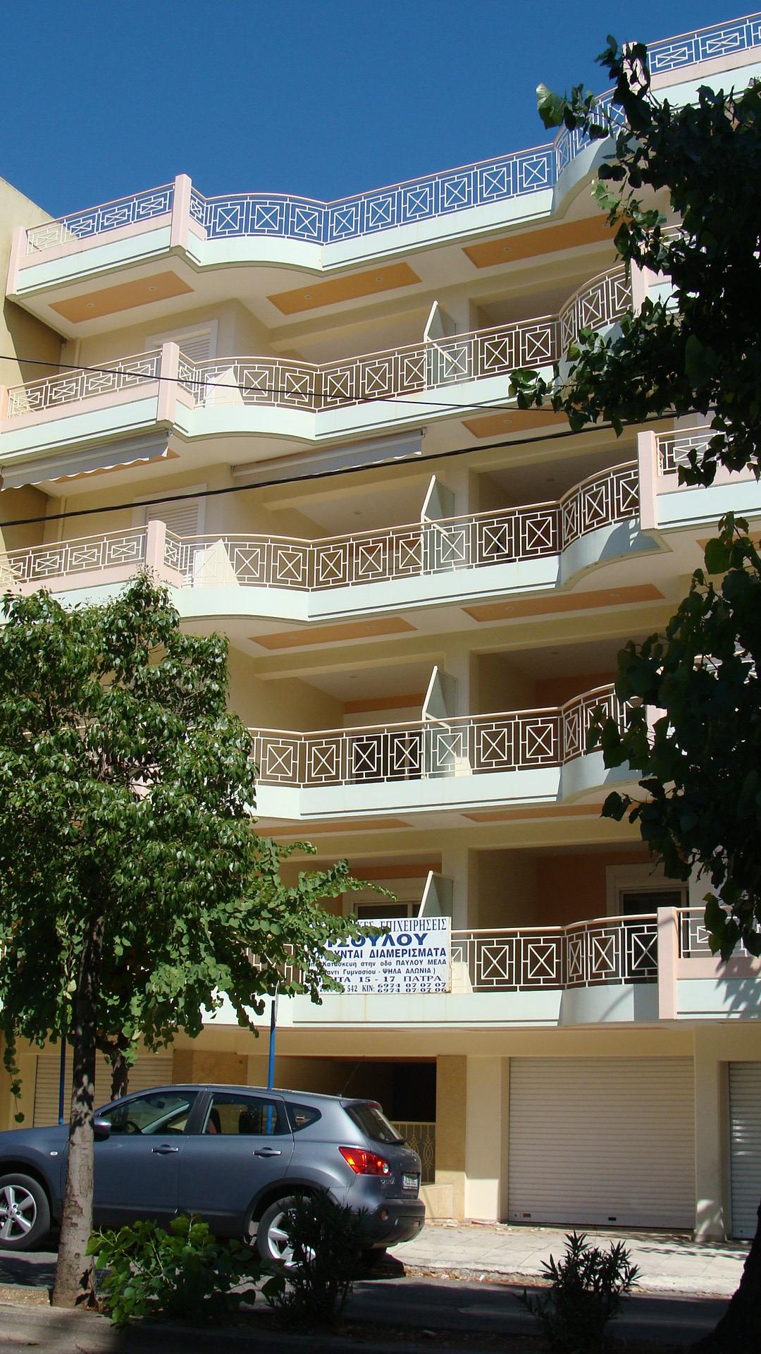 Οδός Μητροπόλεως και Αισχύλου-Αίγιο: Δυο νέα τετραόροφα κτίρια διαμερισμάτων με καταστήματα  και κλειστές θέσεις σταθμευσης στο ισόγειο