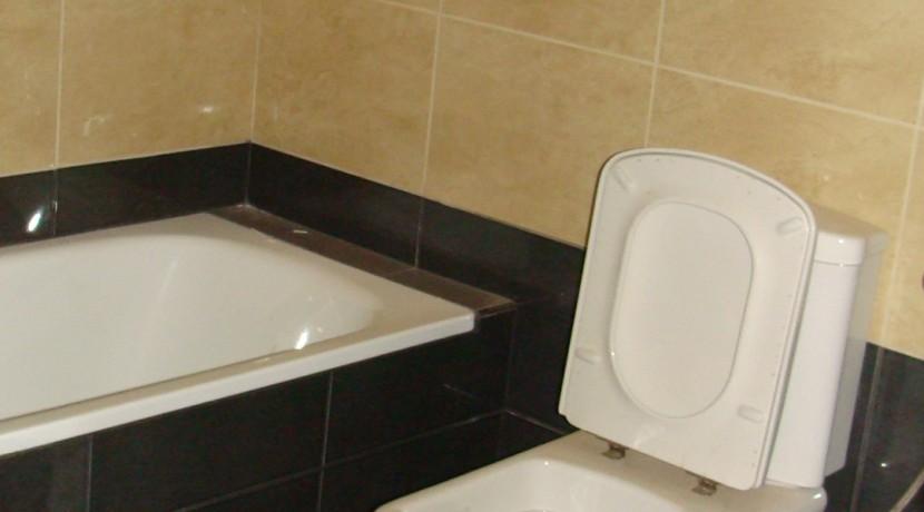 Μητροπόλεως Β κτιριο Γ1_Μπάνιο