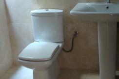 Μητροπόλεως Γ κτιριο Δ2_Μπάνιο